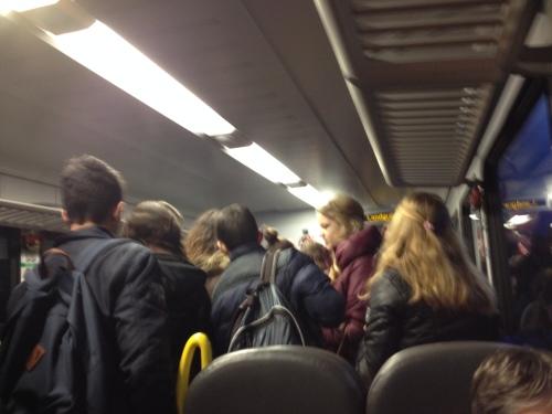 Station Landgraaf, de weg naar school kan verder te voet worden afgelegd. Ieder met zijn/haar eigen groep. Niets te mix en matchen