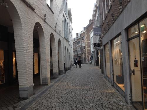 Ze blijven mooi, de straten van Maastricht. Ik weet inmiddels mijn weg blindelings te vinden.