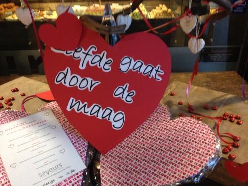 Lunchtijd, bij Saveurs gaat liefde echt door de maag