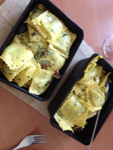 lunch...ravioli met ricotta en spinazie..