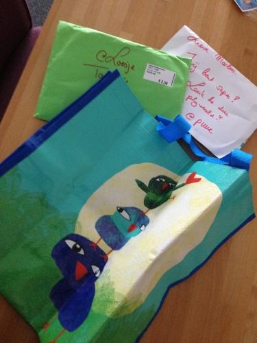 PLOF!! Cadeautje van @puur .. Ge-wel-dig!! Dank je Anna-Maria!