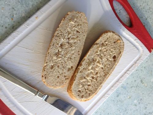 Lunch, saai bruin broodje.