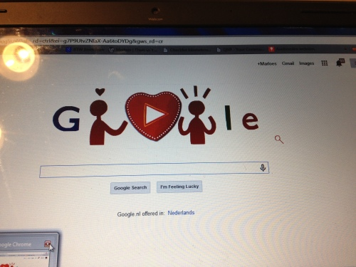Google wordt lui, je moet je eigen cupcakes bakken.  Kersje d'r op?
