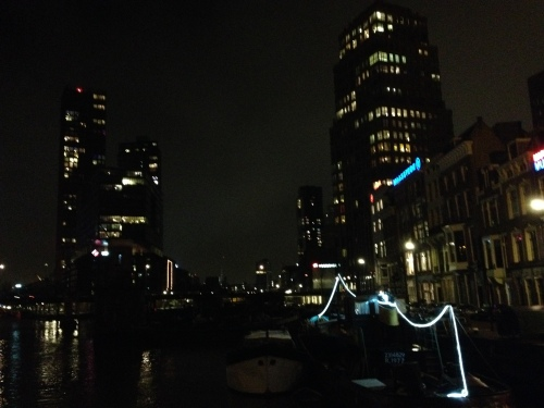 Rotterdam bij nacht..