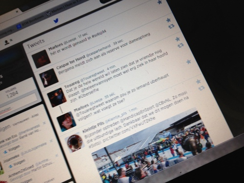 Onderonsje op twitter over ijdeltuiten en leuke lijstjes...