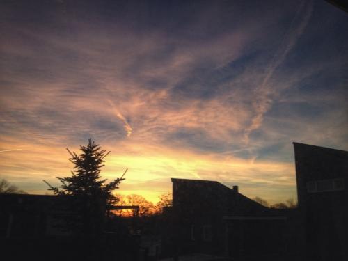 Alweer zo'n prachtige zonsopgang. Het begint bijna saai te worden...