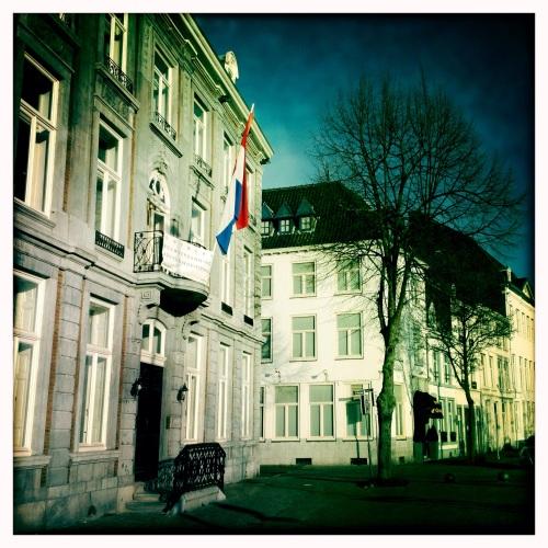 In Maastricht is het al maanden vlaggetjesdag...Oranje boven!