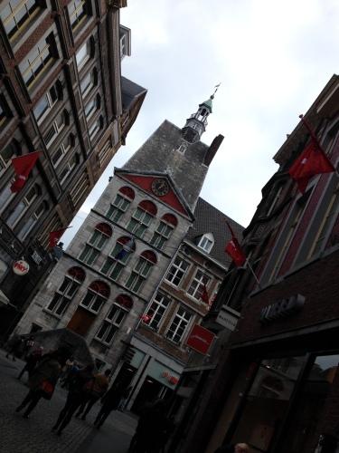 Maastricht, stad van geschiedenis, mooie gebouwen en het bourgondische leven. Zo mooi.