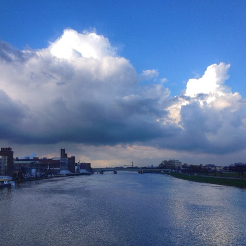 Blauw op blauw, aan deze kant ziet de lucht er weer heel anders uit.