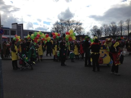Alle carnavalisten verzaaaaaamelen....