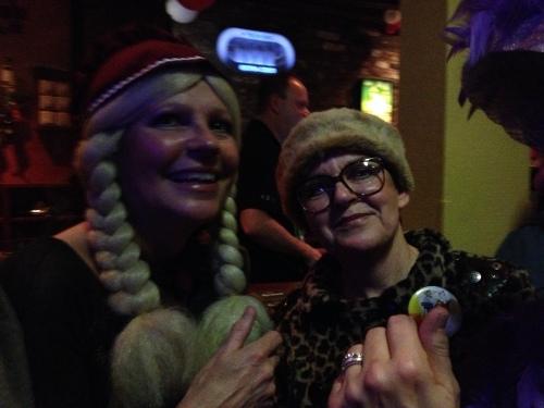 Annie en Corine, wat een gezelligheid...