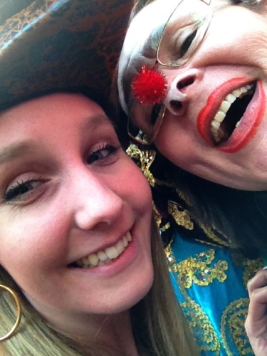 Nichtje Esther en ik...fun!