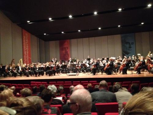 """Theater aan het Vrijthof biedt vanavond het podium aan Philharmonie ZuidNederland. """"De mooiste dageraad"""", het belooft een prachtige avond te worden."""