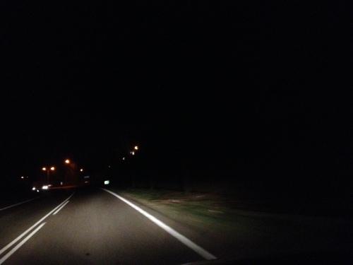 Bus en trein geen optie meer, ik neem de auto en rijdt het donker tegemoet. Dag dag, tot morgen!