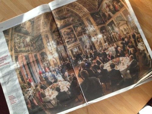 Imposant al die invloedrijke mannen in die prachtige oude zaal. Mogen we best trots op zijn.