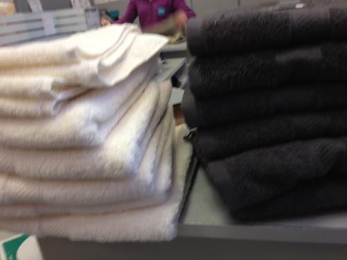 Nieuwe handdoeken voor de nieuwe douche, echt HEMA