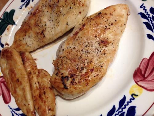 Bruin gebakken kipfilet. Hoe zat het nou ook alweer? Had ik daar vanochtend niet iets over gelezen? at kan het schelen, het smaakt. Dag dag, tot morgen!