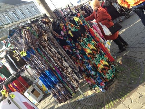Vrijdag marktdag, ik geloof niet dat ik dit modebeeld wil volgen