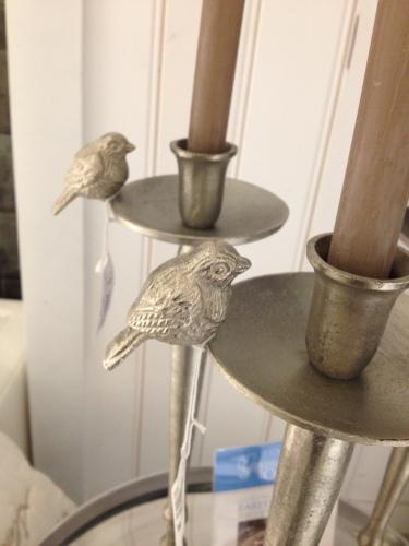 Meteen verliefd op deze kandelaars, vanwege de vogeltjes, logisch toch?