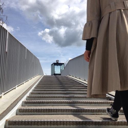 Hup Céline, de hoge brug op.