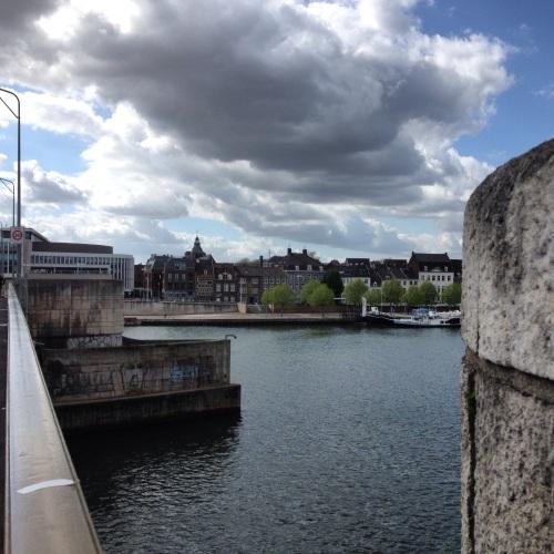 De laatste keer de brug over vandaag. Dag Maastricht, tot morgen