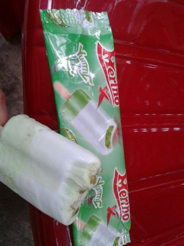Appje uit Vietnam, ijs met groene boontjes, yummy