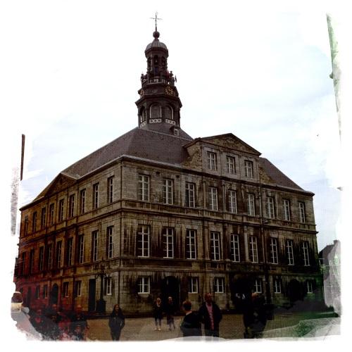 Ha  stadhuis!
