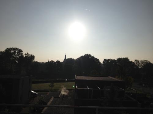 Ondertussen is de zon aan de klim begonnen