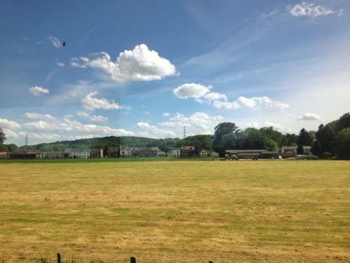 Een paar uur eerder naar huis dan zie je  het Limburgse land ineens in een heel ander licht.