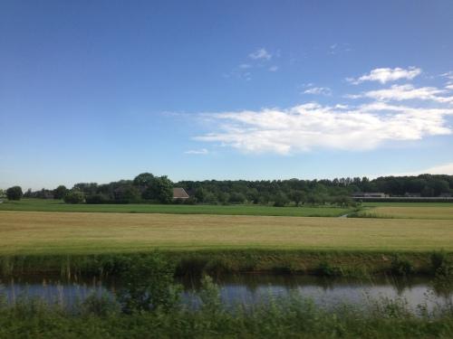 In Utrecht weer overstappen. Gelukkig maakt het uitzicht veel goed