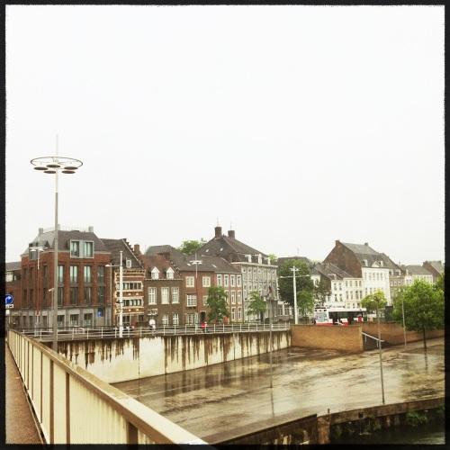 Alweer een dag voorbij gevlogen. Dag Maastricht Ik zie je liever met zon.