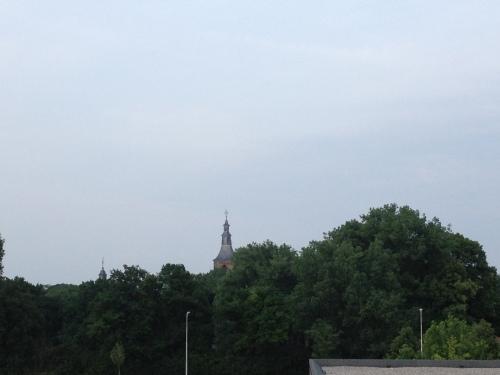 Nog een laatste blijk op de toren voor de zon verdwijnt. Dag dag, tot morgen!