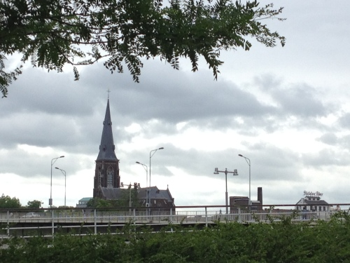 Hallo Maastricht, schuif die wolken eens opzij.