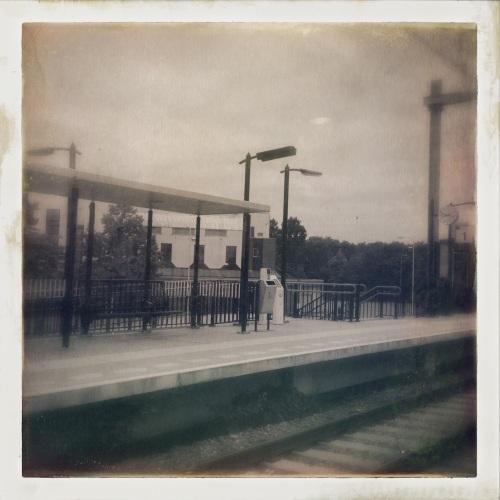 Zo ziet zelfs station Heerlen woonboulevard er nog enigszins aantrekkelijk uit.
