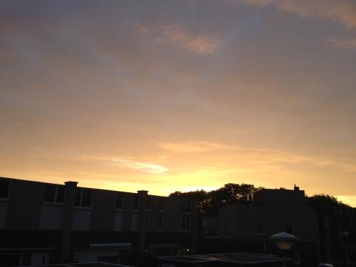 De zon gaat weer grandioos onder.