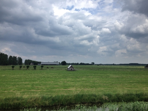 Een hutje op het veld.