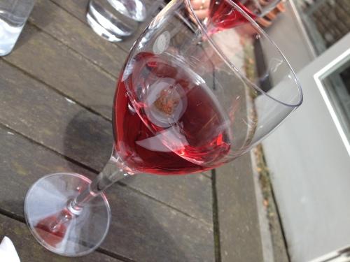 Met een glaasje wijn natuurlijk