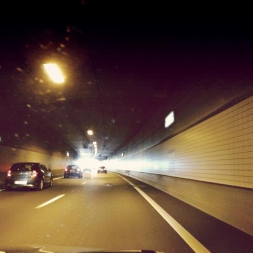 Er is echt licht aan het einde van de tunnel, kijk maar.