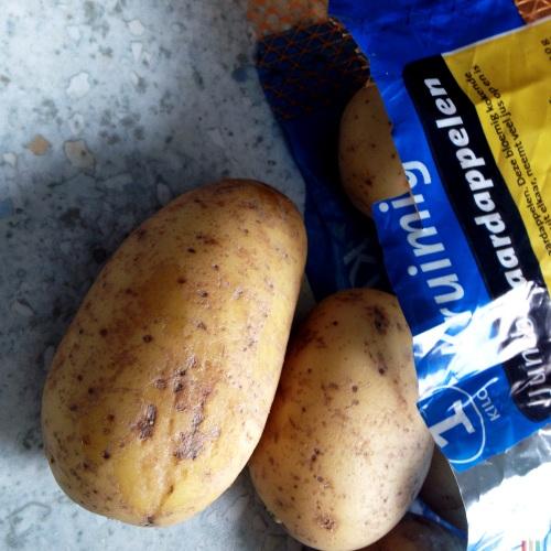 Aardappels schillen