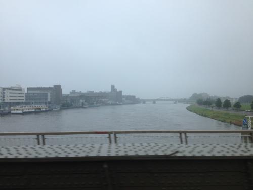 Hallo Maastricht, ook al in eentonig grijs?