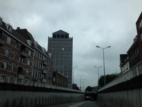 Het lijkt wel of ik niet gewerkt heb, want voor ik het weet zit ik weer inde auto naar Valkenburg.