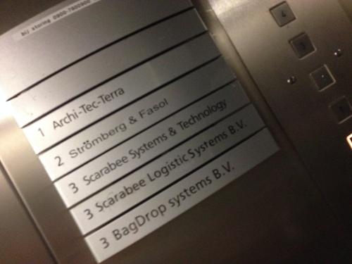 We zitten in de lift...yeah!