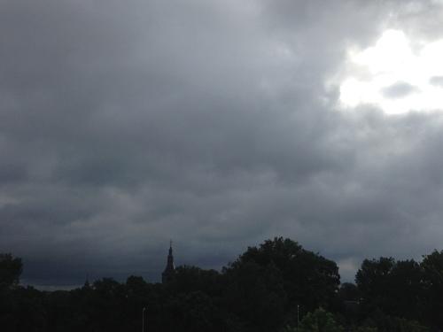 Het zijn donkere dagen voor de toren